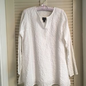 White cotton pullover top and tank